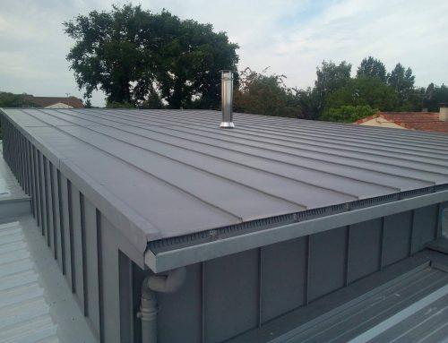Habillage de toit en zinc à joints debout : les avantages