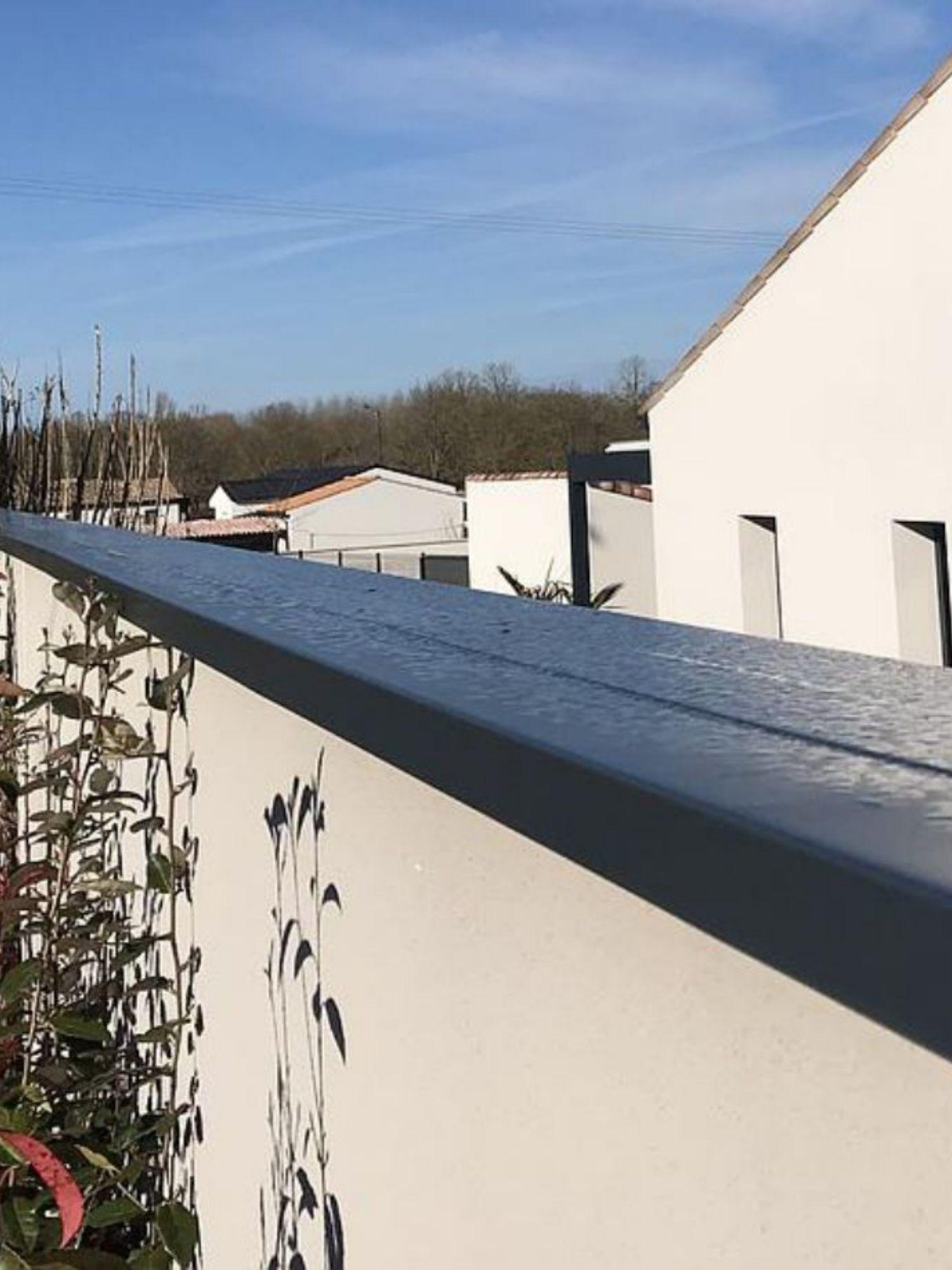 Installation d'acrotères - Chaperon et couvre mur en aluminium